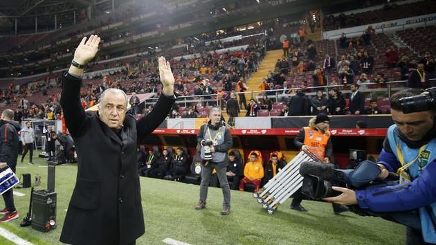 Fatih Terim'ten transfer açıklaması: 2 gün daha sabredin