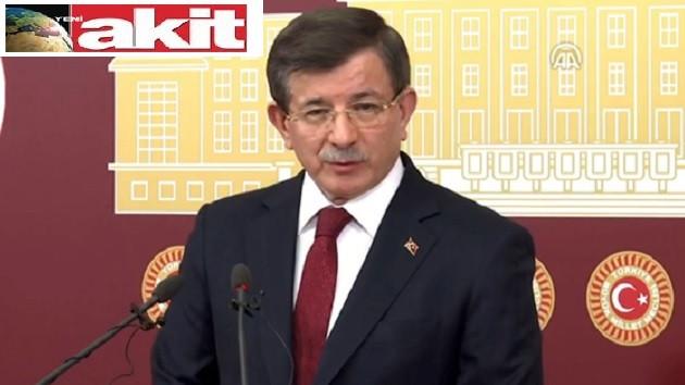 Akit Davutoğlu ile AKP'ye mesaj mı veriyor?
