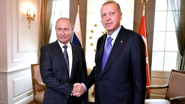 Cumhurbaşkanı Erdoğan Putin'le Suriye'yi görüştü