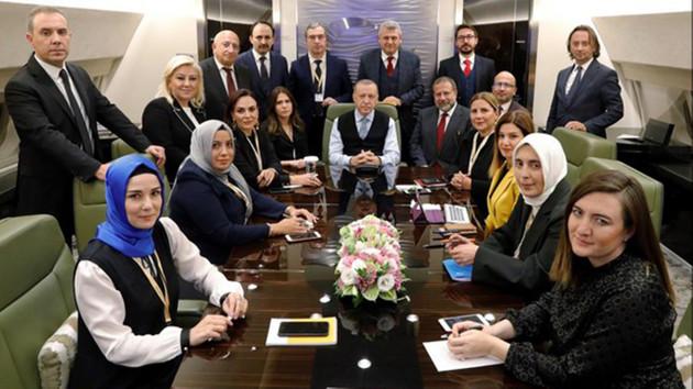 Trump'ın uçağına binen gazeteciler 20 Bin Dolar ödüyor, ya Erdoğan'ın uçağına binenler?