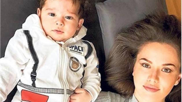 Fahriye Evcen ve Burak Özçivit'in oğlu Karan'a ünlüler yorum yağdırdı