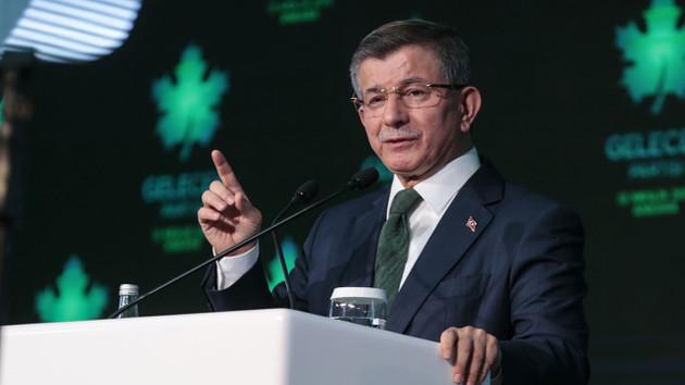 Davutoğlu'ndan başkanlık referandumu itirafı: Televizyona çıkarmadılar