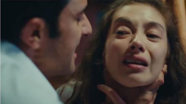 Türk dizileri kadına karşı şiddet içerdiği için eleştiriliyor