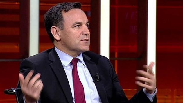 Deniz Zeyrek'ten dikkat çeken yazı! AK Parti kurucularından biri aradı...