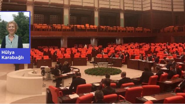 AKP Dernekleri fişleme yasasında geri adım attı