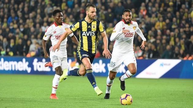 Fenerbahçe özüne dönüyor! İkide iki yaptı