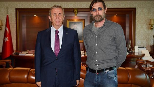 Erdal Beşikçioğlu Ankara Büyükşehir Belediye Başkanı Mansur Yavaş'ı ziyaret etti