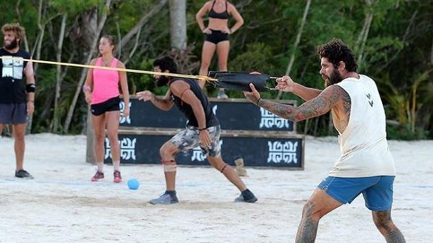 Survivor'da sembol oyununda final yarışmacıları belli oldu! Ödül oyunun hangi takım kazandı?