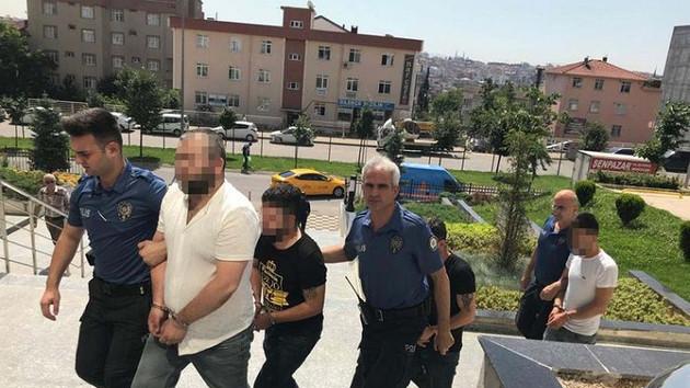 Kocaeli'de kadın polislere sözlü tacize 4 gözaltı