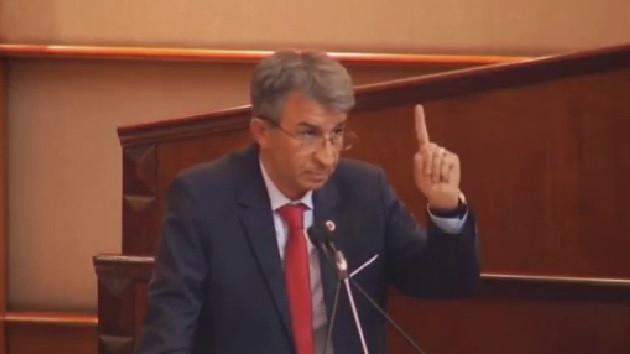İBB Meclisinin karıştığı anlar: HDP'ye de teşekkür et...