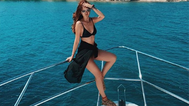 Seray Kaya'dan bikinili tatil paylaşımı