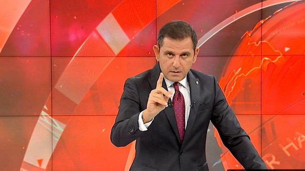Fatih Portakal: İBB'deki 10 AKP'li bürokrat ballı maaşlar için mi koltuğu bırakmıyor?