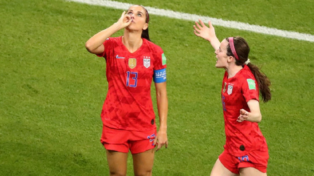 Alex Morgan'ın gol sevinci tartışma yarattı