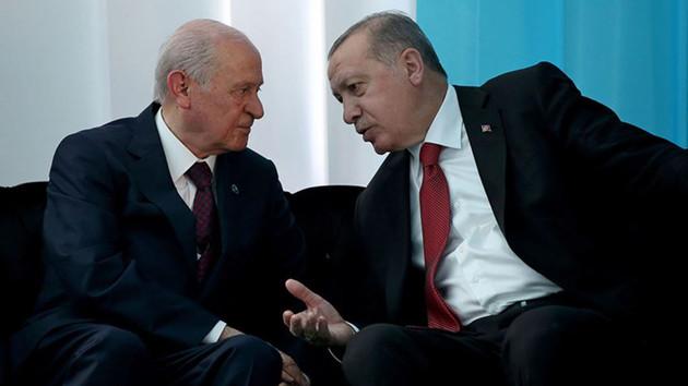 Erdoğan Bahçeli'ye hükümet değişikliği için bilgi mi verdi?