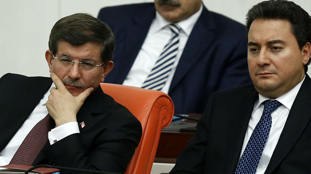 Abdulkadir Selvi: Davutoğlu ve arkadaşları Babacan'dan önce yeni partiyi kurmayı hedefliyor