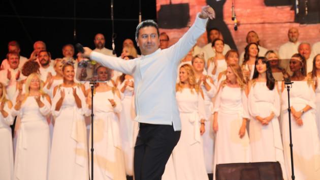 Bodrum Belediye Başkanı Ahmet Aras'tan Çökertme performansı