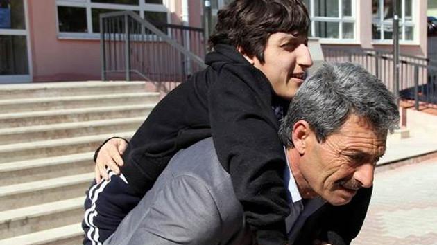 Yılmaz Özdil: Papa'nın Müslüman olma ihtimali, AKP'nin memlekete adalet getirme ihtimalinden fazla