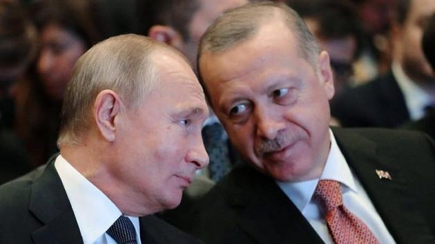 Türkiye'de en çok güvenilen dünya lideri Putin