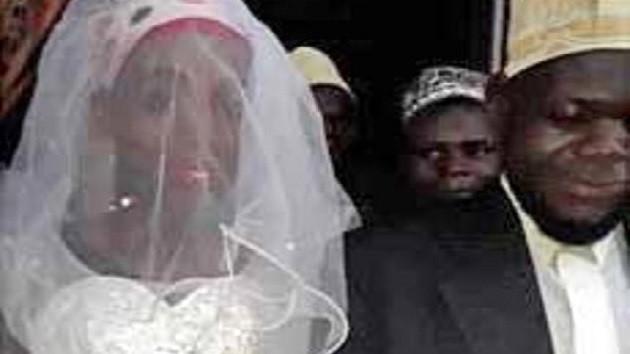 Kadın sanıp evlendi, erkek çıktı... O imam görevden alındı