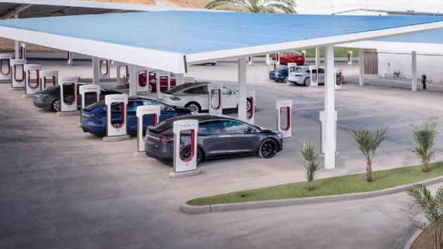 Tesla'nın piyasa değeri 100 milyar doları geçti!