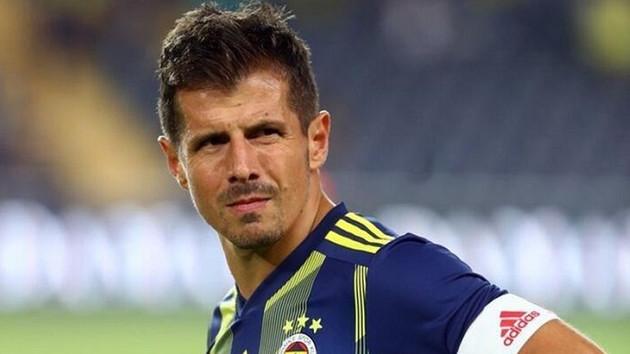 Emre Belözoğlu Galatasaray derbisinde forma giyemeyecek