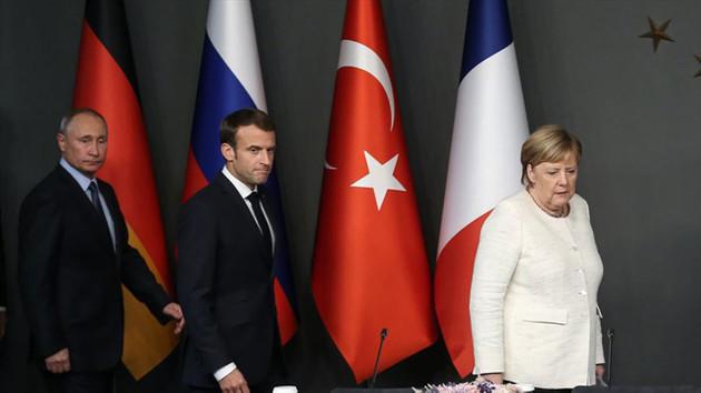 Merkel ve Macron'dan Putin'e İdlib çağrısı