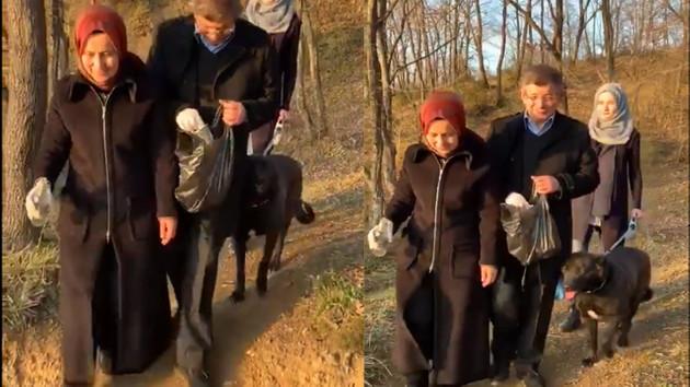 Davutoğlu ailesiyle çöp topladı TikTok'ta paylaştı