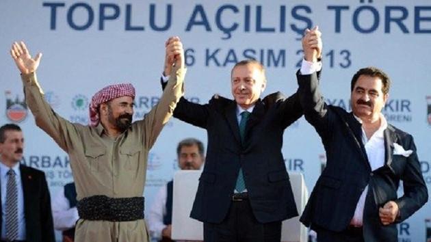Erdoğan ve Tatlıses'le el ele poz veren Şivan Perwer: Pişman değilim