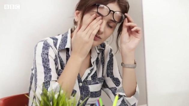 Yüzümüze neden dokunuruz, bunu nasıl engeller ya da azaltırız?