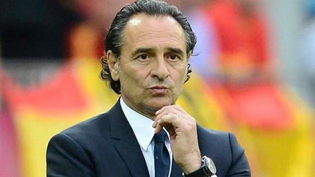 Galatasaray taraftarı Prandelli'ye böyle tepki gösterdi