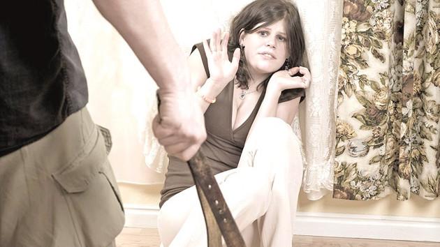 Karımı dövdüm çünkü çok kıskançtı