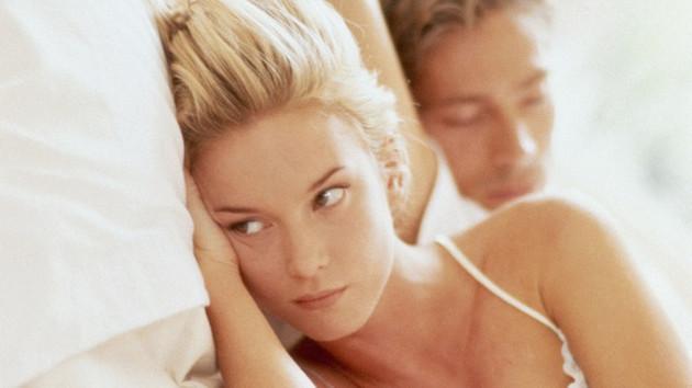 Sahur vakti eşimle ilişkiye girerken ezan okunursa?..