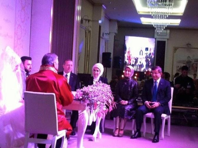 Erdoğan genç çiftten 5 çocuk istedi
