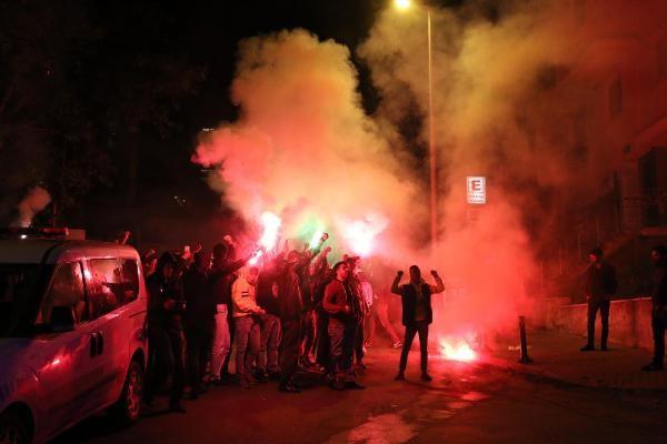 Rasim Ozan'ın o sözleri Fenerbahçe taraftarını sokağa döktü