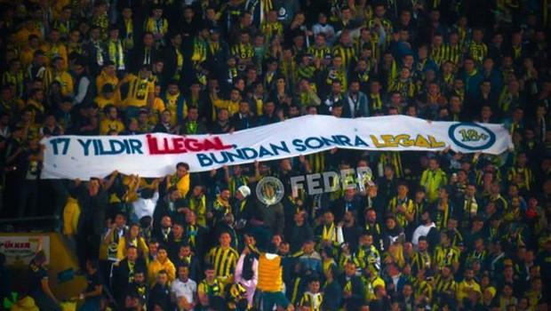 Fenerbahçe tribününde açılan tecavüz pankartına suç duyurusu