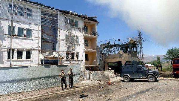 Son dakika haberi: Tunceli Ovacık'ta PKK, bomba yüklü araçla saldırdı: 2'si polis 9 yaralı