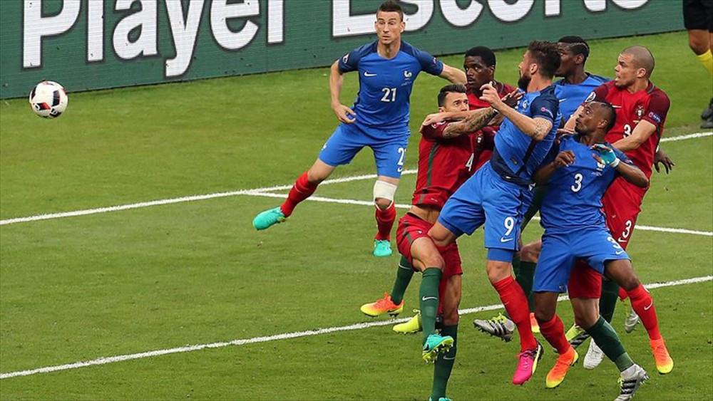 EURO 2016'da şampiyon Portekiz oldu