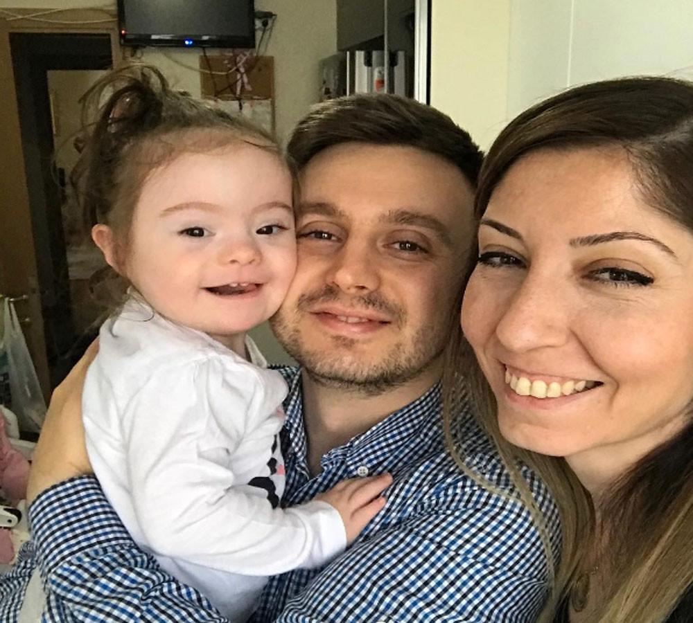 Kadın öğretmen 2 yaşındaki down sendromlu kızı Su'ya instagram hesabı açınca olanlara inanamadı
