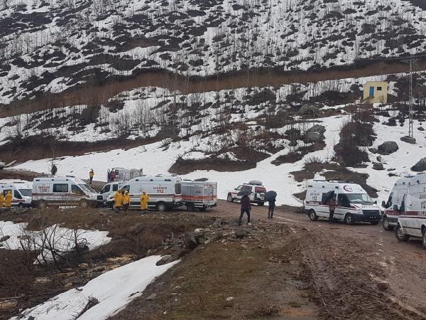 Son dakika haberleri: Tunceli'de polis ve hakimleri taşıyan askeri helikopter düştü: 12 şehit