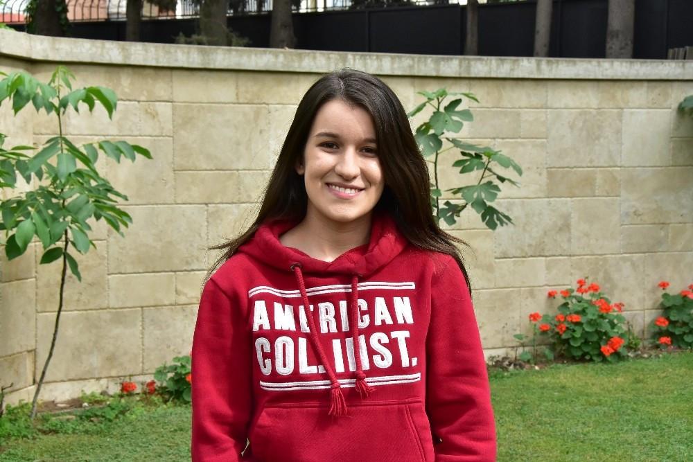 Harvard'ın yüzde 100 bursla aldığı Nil, başarısını anlattı