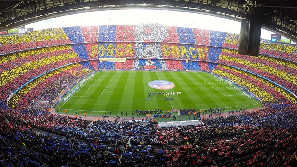 Barcelona ve Manchester United efsaneleri maç yapacak