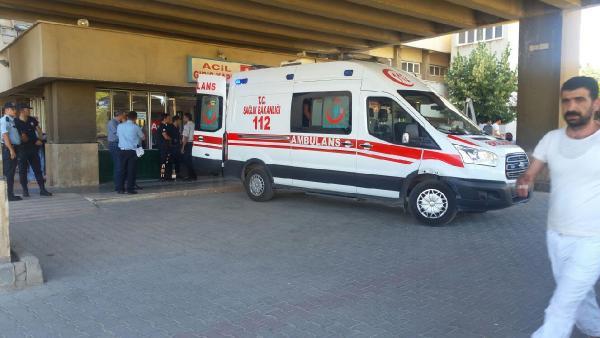 Son dakika: Tunceli'de teröristlerle çatışma çıktı: 2 asker yaralı
