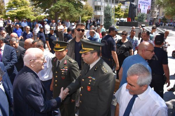 İsmail Kahraman: 15 Temmuz darbe değil işgal hareketiydi!