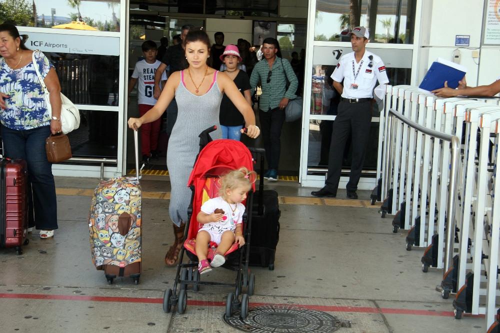 Antalya'ya bayramda 1,5 milyon turist bekleniyor