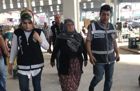 Pazarda FETÖ'den gözaltına alınan kadının hattını gelini kullanmış