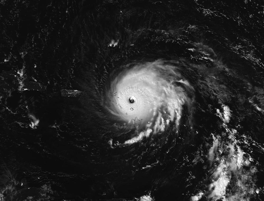 Irma kasırgası hayatı felç etti: 6 ölü