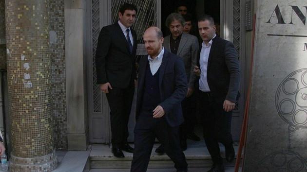 Bilal Erdoğan ve Nuri Alço'dan Münir Özkul'un ailesine taziye ziyareti
