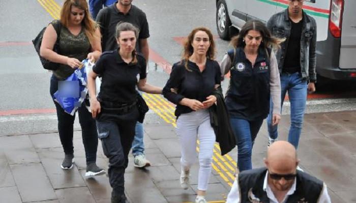 HDP'nin seçim çalışmaları için Almanya'dan gelen şarkıcıya 2 suçtan ceza istemi
