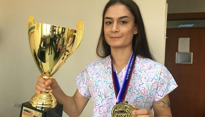 Kick boksçu hemşire Duygu Turan Avrupa Şampiyonu oldu