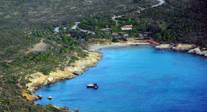 Seferihisar Ekmeksiz Plajı yeniden halka açılacak